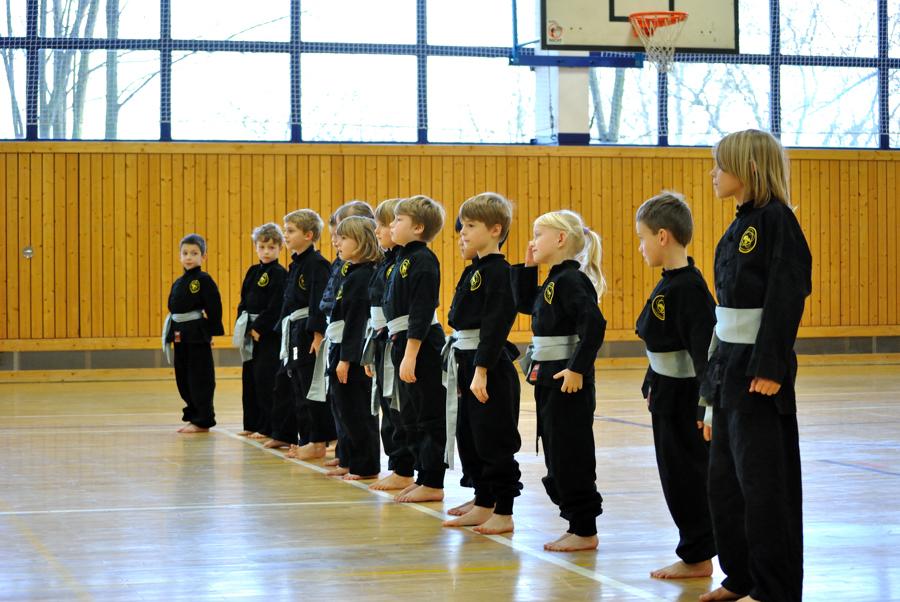 Kinderprüfung Kung Fu Dezember 2011