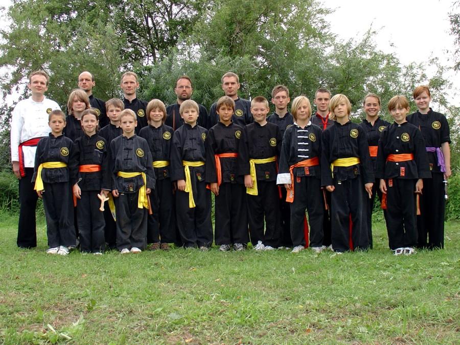 Kung Fu Gruppenfoto Trainingslager 2010 Zielow